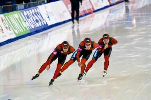 japanese-speed-skaters