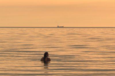 beach_ship